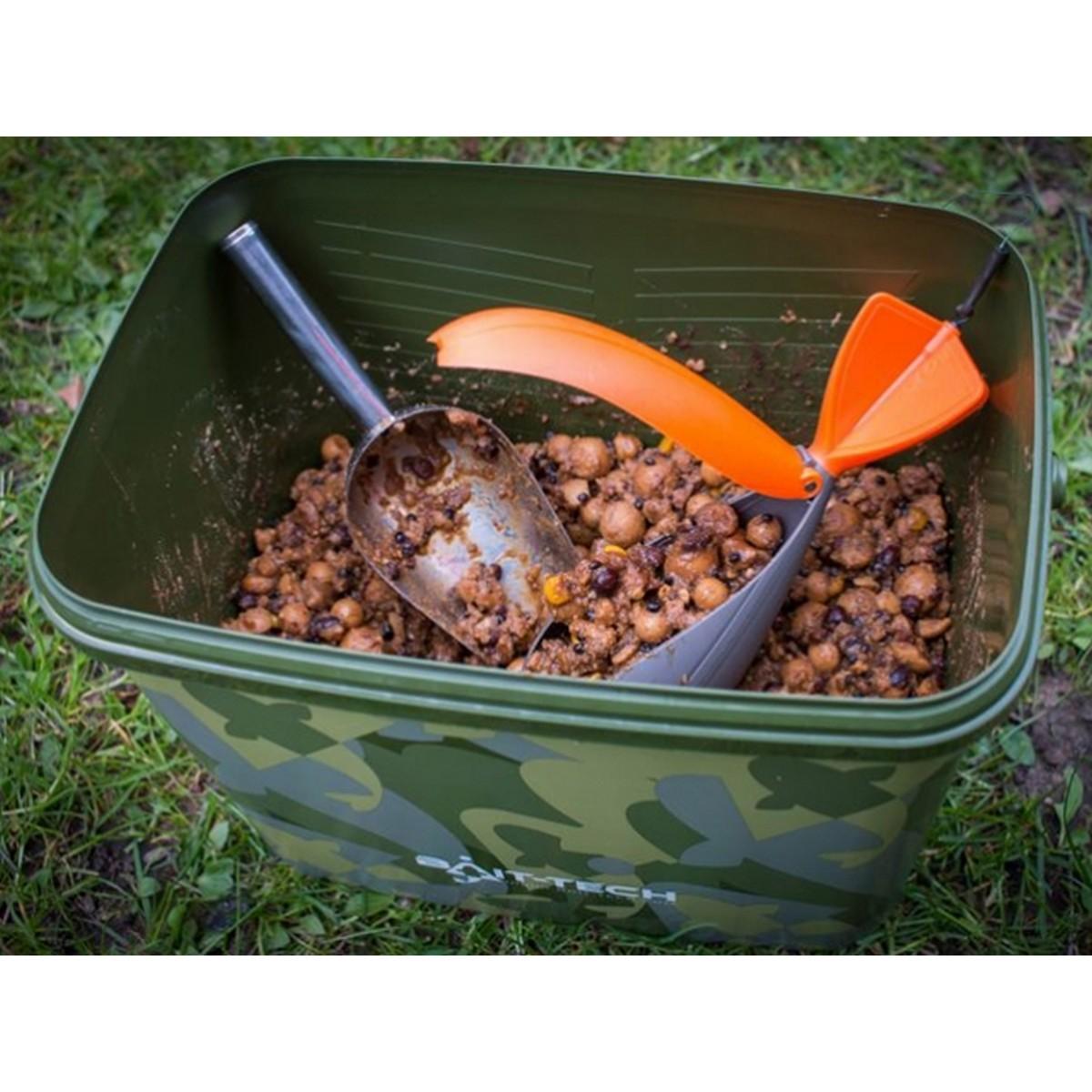 Bait-Tech Utility Camo Bucket with Insert Tray